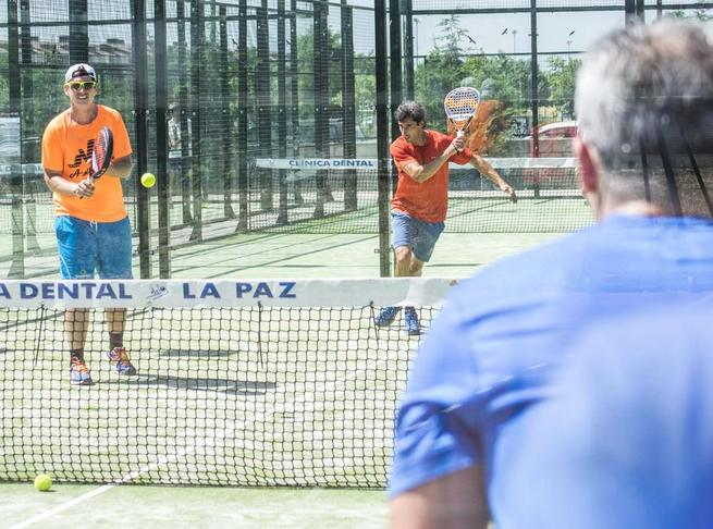 Imagen: Dos jornadas de pádel de competición de la mano del primer torneo de la Peña Cachirulos