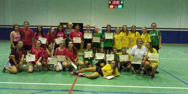 Mujeres de todas las edades participaron en el I Torneo de Fútbol Sala Femenino de Miguel Esteban