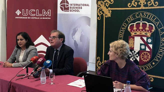 La Escuela Internacional de Negocios de la UCLM comienza su andadura con 300 matriculados