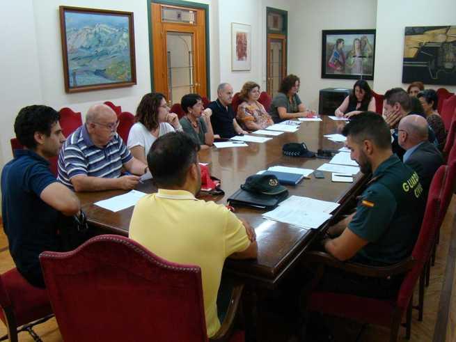 Reunión de la Mesa Local de Seguimiento de la Inmigración en el Ayuntamiento de Villarrobledo