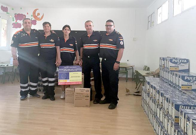 Imagen: 144 integrantes de 47 familias de Argamasilla de Calatrava han recibido 2.400 kilos de alimentos procedentes del programa ministerial del FEAD