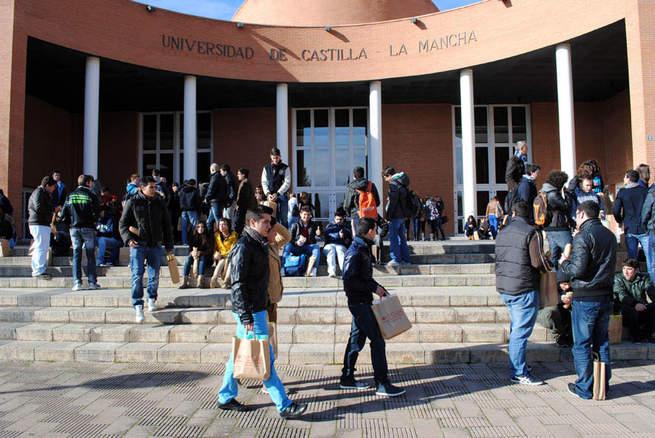 Imagen: La UCLM mantiene el número de estudiantes en los últimos seis años