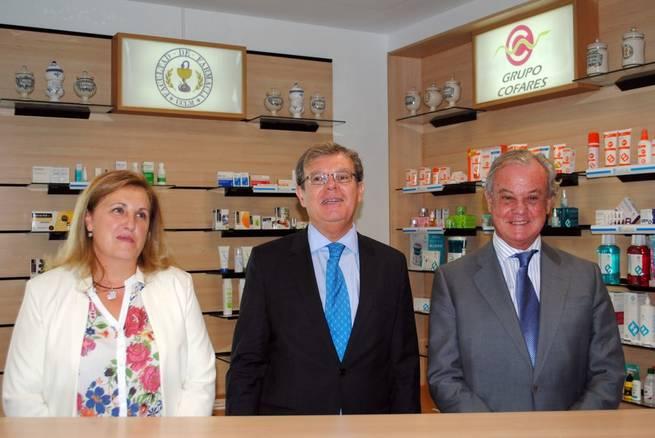 """Imagen: Albacete tiene el primer """"Aula Simulada de Oficina de Farmacia"""" de las universidades públicas de España"""