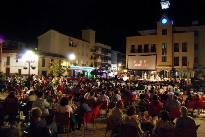 Imagen: Lorca y la música de las cantantes iberoamericanas cerraron el 9º Festival de las Artes Escénicas de Calzada