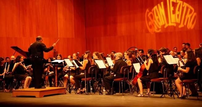 Imagen: Los alumnos de técnica de dirección y la banda clausuran el Curso de Perfeccionamiento Musical