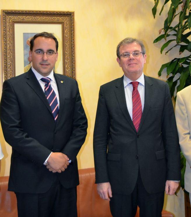 Imagen: Clobalcaja y UCLM apuestan por el desarrollo de la región