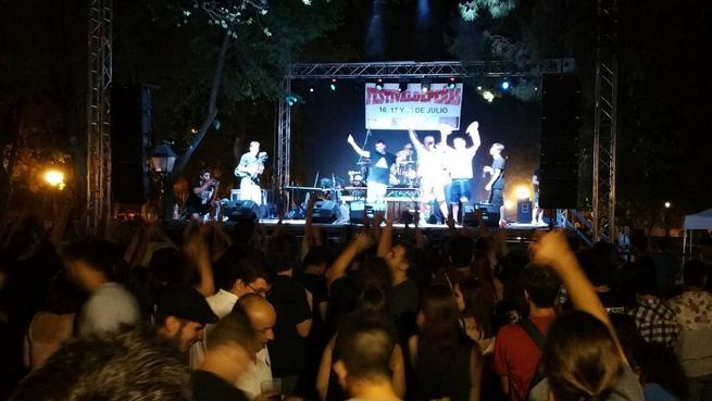 Imagen: 3.000 jóvenes asistieron al 'Festivaldepeñas 2015'