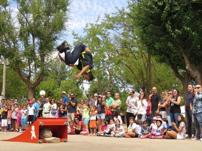 Imagen: Una espectacular exhibición culmina el II Día del Patín de Manzanares