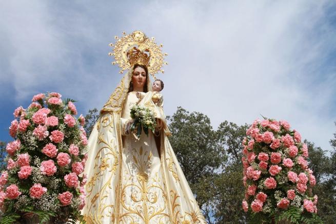 Imagen: Trillo honra a su patrona, la Virgen del Campo