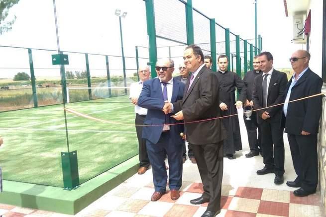 Imagen: Jose Luis Fernández inaugura la pista de pádel de El Bercial