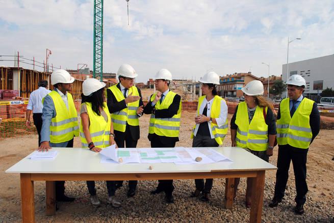 Imagen: El nuevo edificio de Facultad de Farmacia de Albacete abrirá sus puertas el próximo curso