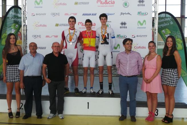 Imagen: El tomellosero Javier Cerezo, medalla de plata en los Campeonatos de España de pista