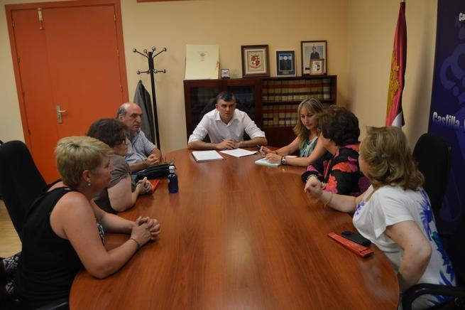 Imagen: Godoy destaca el trabajo del Fórum de la Discapacidad de Cuenca en el medio rural