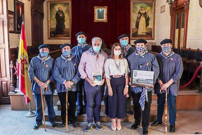 El alcalde ha recibido hoy a la Hermandad de Pandorgos de Ciudad Real