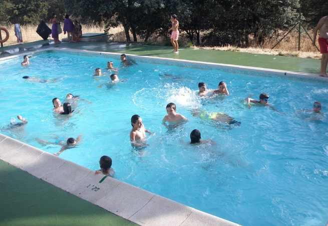 La convocatoria de Actividades Acuáticas 2019 de la Diputación de Toledo incluye cursos de natación para personas con discapacidad