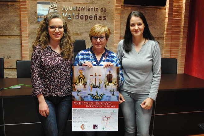Valdepeñas mantiene su impulso a la tradición de las Cruces de Mayo