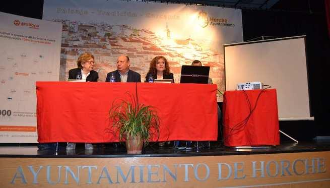 Los archiveros de la Administración Local ponen en común su labor diaria en el IV encuentro organizado por el Gobierno regional