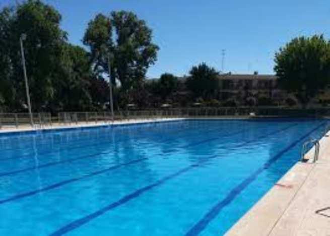 El IMD de Alcázar de San Juan expide los abonos de las piscinas en sus oficinas del ayuntamiento