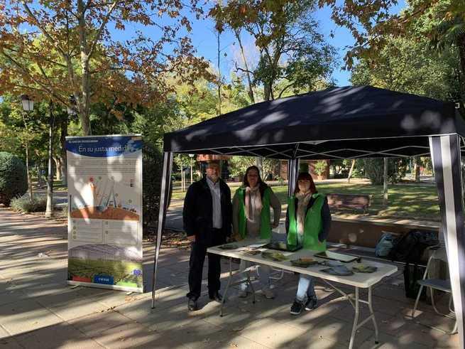 En el parque Gasset de Ciudad Real el Gobierno de Castilla-La Mancha conciencia a la sociedad sobre las consecuencias del cambio climático y de las medidas para hacerle frente