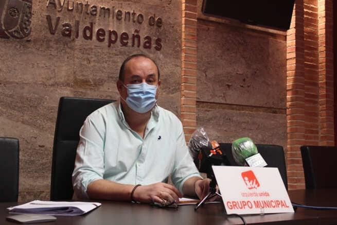 IU Valdepeñas a favor de no aplicar las tasas de terrazas en 2021