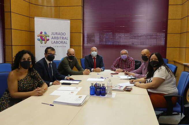 Firmado el convenio colectivo de Transporte de Mercancías por Carretera de la provincia de Cuenca