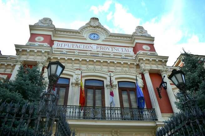 La Diputación de Albacete dispone 10.000 € para la adquisición de equipos informáticos y /o audiovisuales por parte de Asociaciones que promuevan la Igualdad