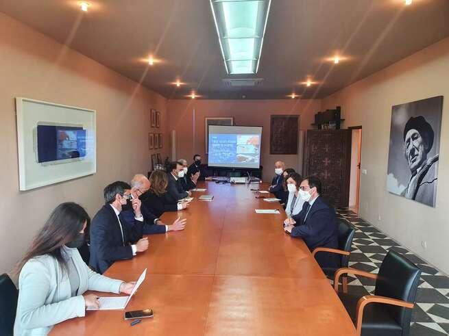 El Gobierno de Castilla-La Mancha y la Real Fundación de Toledo abordan iniciativas conjuntas para el impulso del turismo en la capital regional