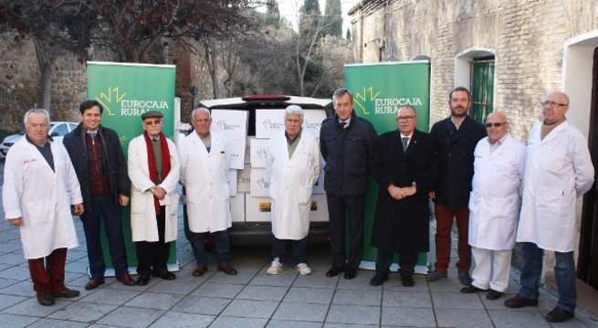 """Eurocaja Rural dona una tonelada de alimentos no perecederos a Cipriano """"El Amigo de los Pobres"""""""