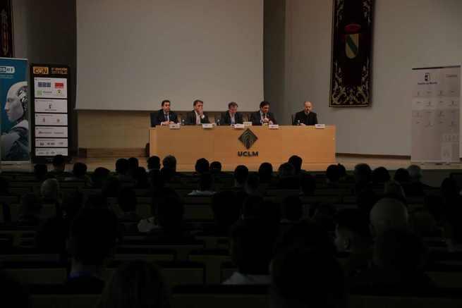 Talleres y ponencias centran la 5ª edición de las Jornadas de Seguridad de Morteruelocon en el campus de Cuenca
