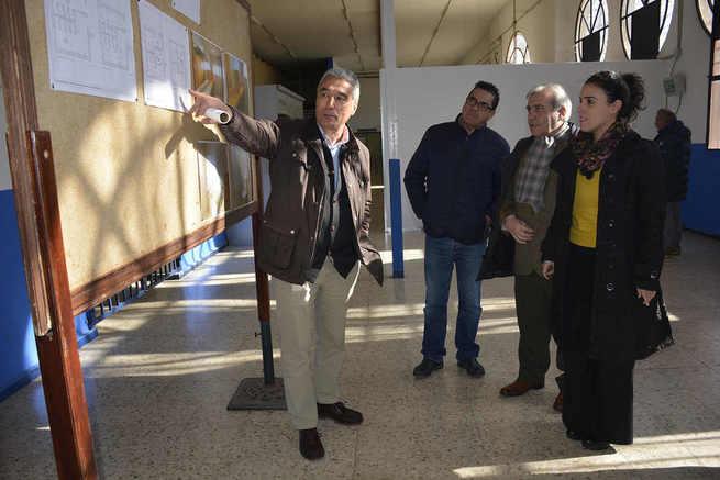 El Ayuntamiento de Toledo abre la pista de atletismo del Polígono también en horario de mañana e inaugura aseos en el pabellón