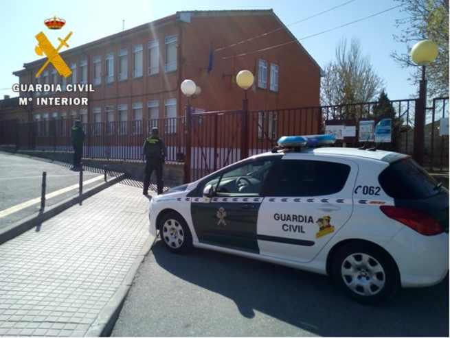 Detenidos a dos menores de edad e investigado a tres adultos por 17 delitosen las localidades de Argés, Polán y Pulgar