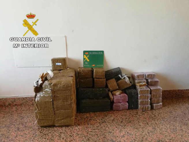 La Guardia Civil incauta 60 kilos de hachís en Almuradiel