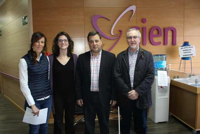 Manuel Serrano felicita al Centro Integral de Enfermedades Neurológicas por ser el único de Albacete que ofrece el tratamiento Therasuit en las instalaciones cedidas por el Ayuntamiento