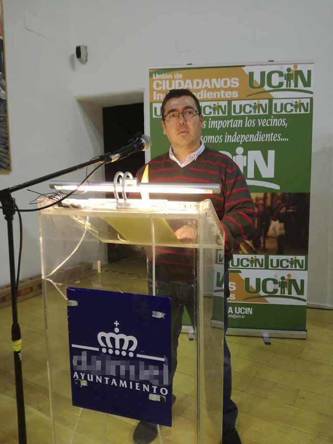 """Ricardo Cutanda, candidato a la alcaldía de Albacete,denuncia""""POZOS"""" peligrosos"""