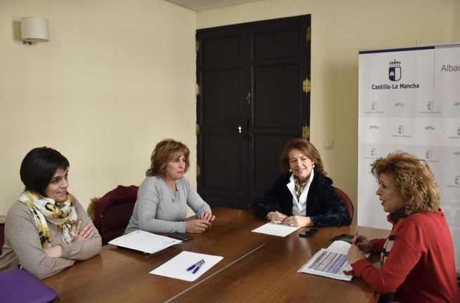 El Gobierno de Castilla-La Mancha ha mejorado la atención de las personas mayores y con discapacidad del municipio de Yeste