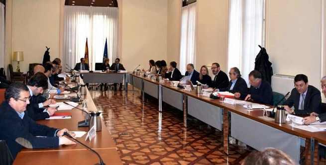 El Gobierno regional defiende las políticas de envejecimiento activo y reivindica el criterio demográfico en la Política de Cohesión