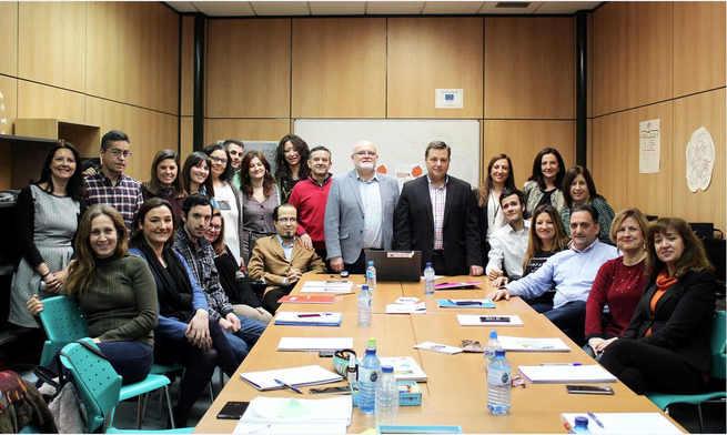 El alcalde de Albacete anima a los 20 participantes de la II Lanzadera de Empleo a aprovechar al máximo esta oportunidad para optimizar su búsqueda de empleo y hacer efectiva su inserción laboral