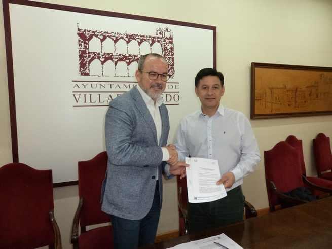 El Alcalde de Villarrobledo firma un convenio de colaboración con UPA para la cesión de un local en la Agencia de Desarrollo Local