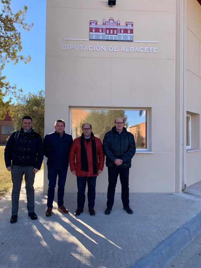 La Diputación Provincial de Albacete mejora las instalaciones del Parque Móvil con nuevas oficinas que facilitarán la recepción de vehículos y la atención al público