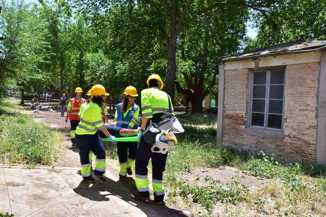 Donan una UVI móvil al Máster en Enfermería de Urgencias, Emergencias y Situaciones Críticas