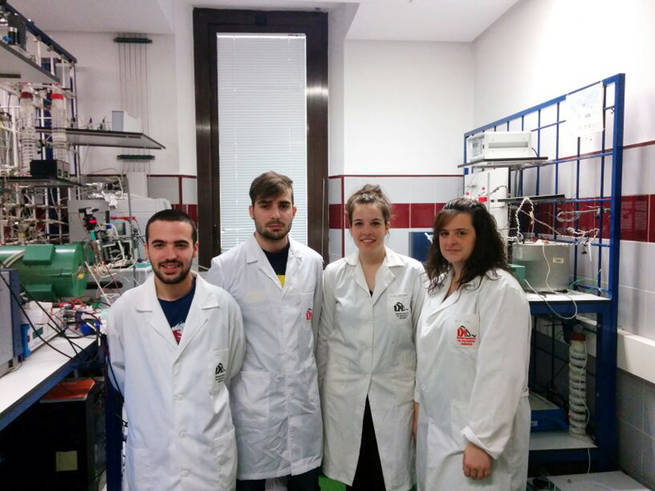 La sociedad española de catálisis beca a cuatro estudiantes de ingenieria química de la UCLM