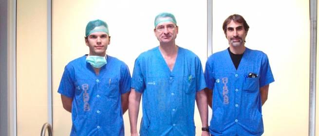Imagen: Traumatólogos del Hospital General de Ciudad Real realizan la primera reconstrucción de hombro con megaprótesis tumoral