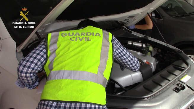 imagen de La Guardia Civil desmantela una organización dedicada al robo y exportación de vehículos de lujo
