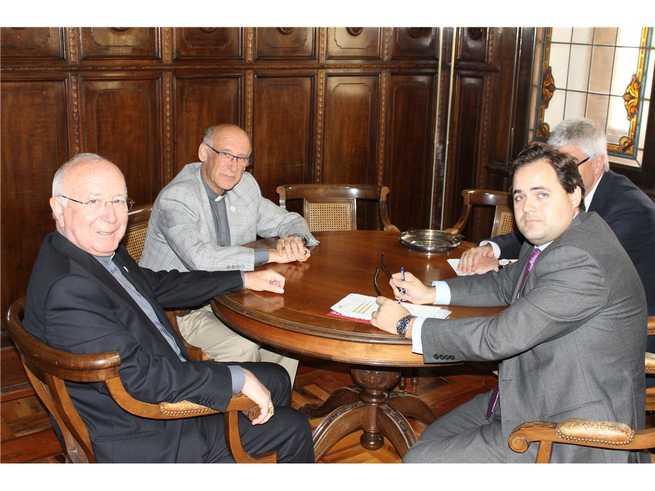 imagen de Núñez valora un nuevo convenio con el Obispado de Albacete para la conservación del patrimonio religioso