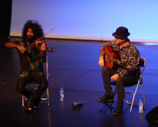 Imagen: El violín de Ara Malikian se fusionó con la guitarra de José Luis Montón