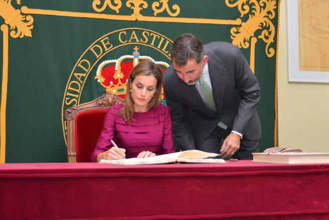 imagen de El Rey manifiesta en la UCLM el apoyo de la Corona a la Universidad por su aportación al progreso del país
