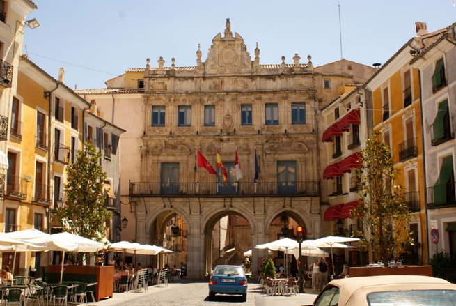 imagen de El Ayuntamiento de Cuenca concederá la Medalla de Oro de la Ciudad al IES Alfonso VIII por su 170 aniversario