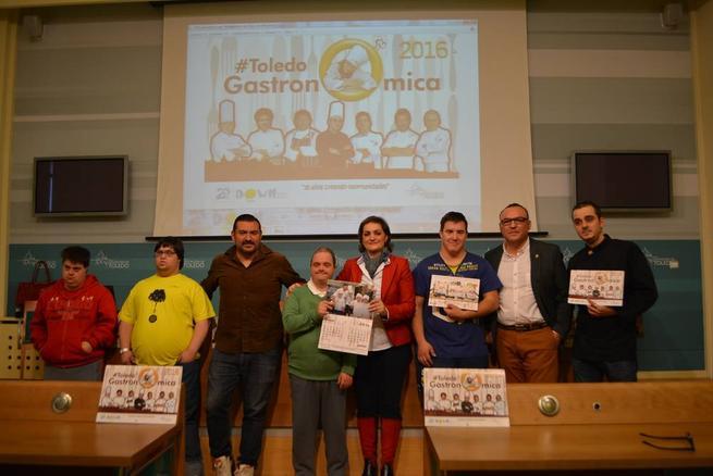 Imagen: Se presentan los calendarios solidarios de Down en Toledo