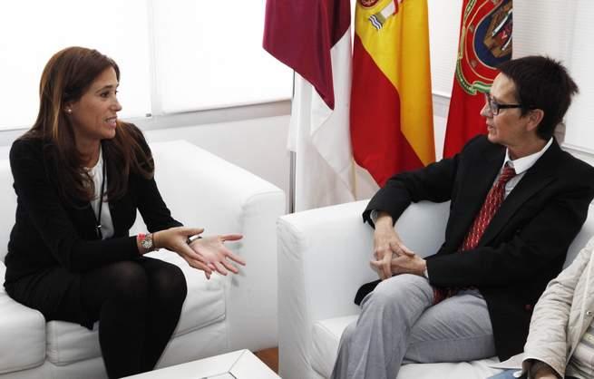 imagen de La Alcaldesa ha recibido a la nueva Decana de la Facultad de Educación de Ciudad Real