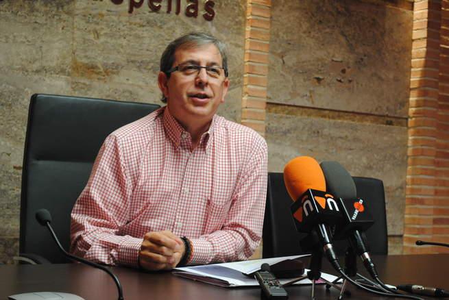 """imagen de Valdepeñas celebra el Día de la Biblioteca con una """"Feria del Libro"""